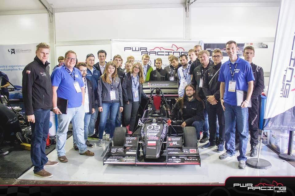 Bolid studentów z Wrocławia piąty na słynnym Silverstone